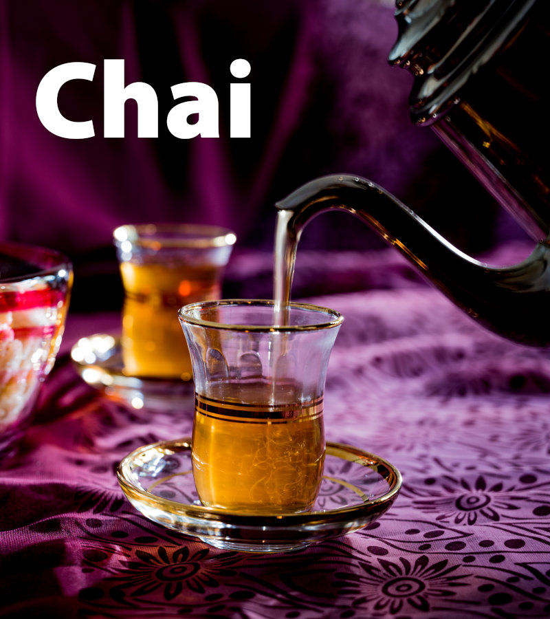 Pouring a glass of Te-Centralen Cream Chai
